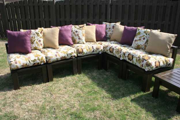 Cheap DIY Projects For Summer   Backyard Kitchen and ... on Diy Backyard Patio Cheap id=87123