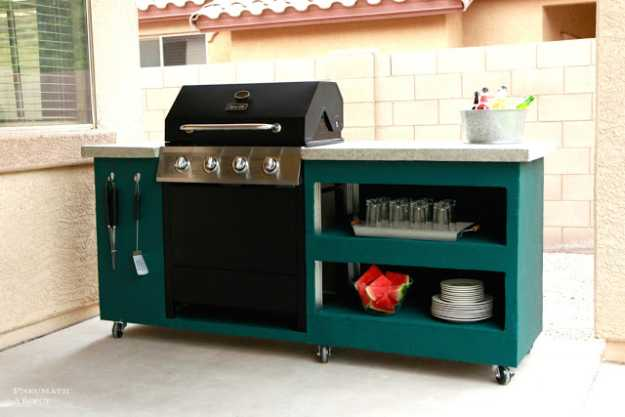 Cheap DIY Projects For Summer   Backyard Kitchen and ... on Diy Patio Grill Island id=82779