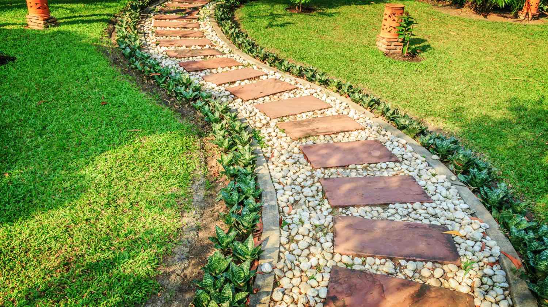 Stunning DIY Walkway Ideas That Are Totally Captivating ... on Backyard Walkway Ideas  id=96607