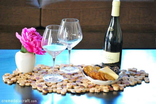 Cork Tile Placemat   Impressive Ways To Reuse Wine Corks