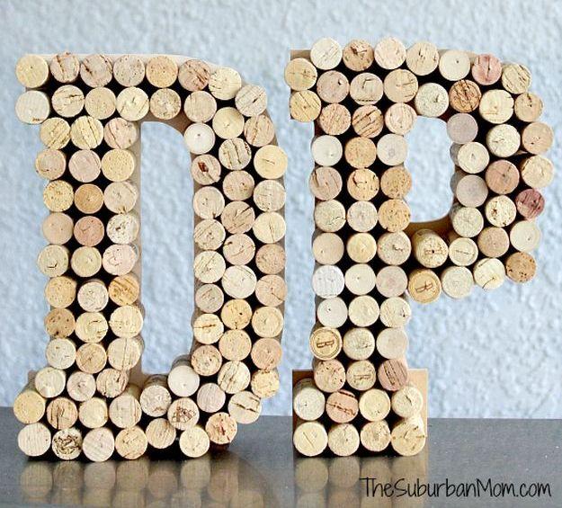 Wine Cork Monogram   Impressive Ways To Reuse Wine Corks