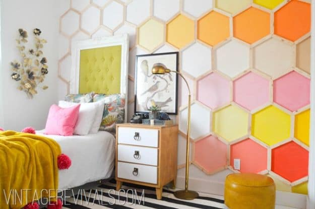 Honeycomb Hexagon Wall | DIY Teen Room Decor Projects