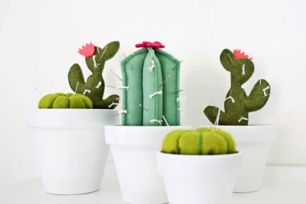 Cactus Pincushion | Easy Crafts To Make And Sell