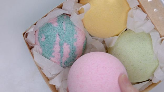 DIY Bath Bombs | Easy Crafts To Make And Sell