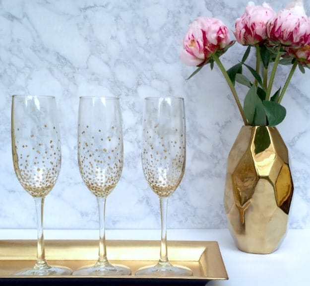 Gold Dot Champagne Flutes | Easy Crafts To Make And Sell
