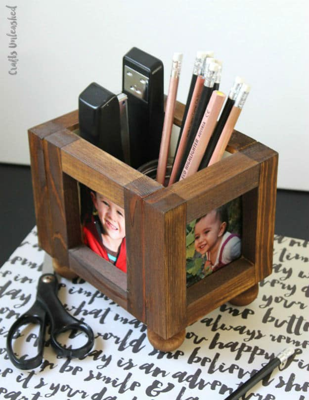 Wood Photo Frame DIY Desk Organizer | Nifty DIY Desk Organizer Ideas To Keep You Productive