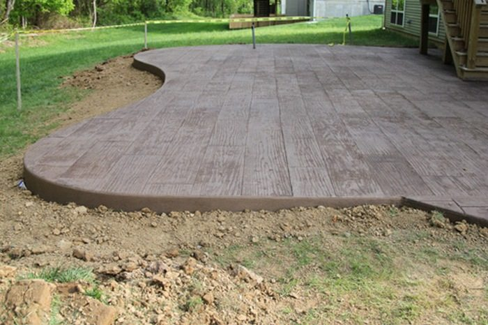 Do-It-Yourself Cement Patio | DIY projects for everyone! on Diy Concrete Patio Ideas id=47266