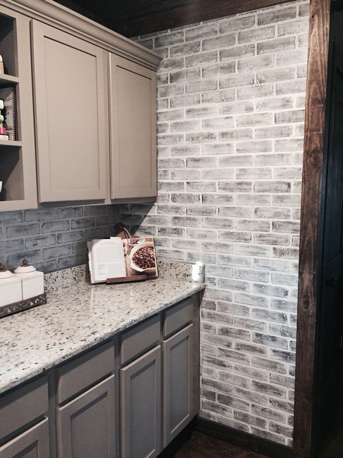 How to: Faux Brick Wall | DIY projects for everyone! on Brick Painting Ideas  id=45681