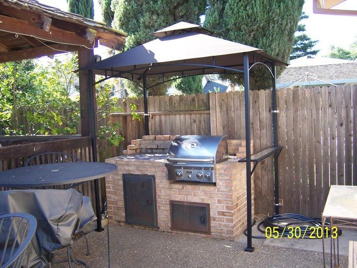 Build a grill gazebo for your backyard!   DIY projects for ... on Diy Bbq Patio id=96672