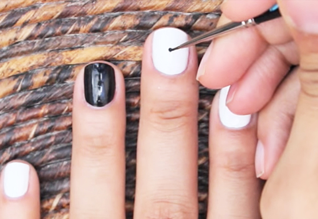 How To Make An Easy Optical Illusion Nail