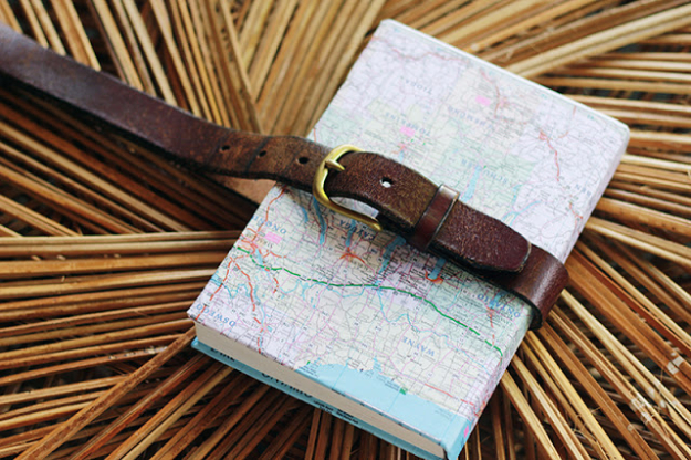 DIY School Supplies You Need For Back To School - Belted Map Covered Notebook - Cuter, Cool and Easy Projects for Teens, Tweens and Kids to Make for Middle School and High School. Fun Ideas for Backpacks, Pencils, Notebooks, Organizers, Binders http://diyprojectsforteens.com/diy-school-supplies