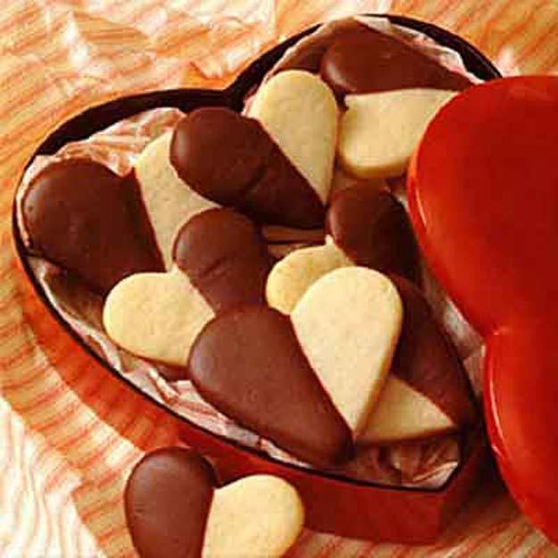 41 Easy Valentine Cookie Recipes
