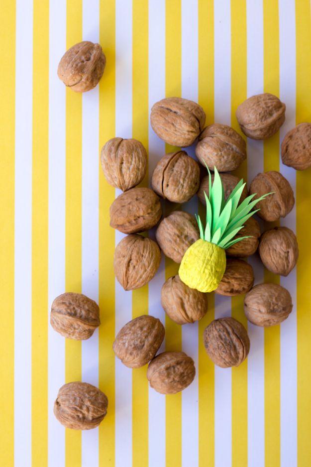 Ananasambachten - DIY Itty Bitty Ananas - Leuke ambachtelijke projecten die coole DIY-geschenken maken - wanddecor, slaapkamerkunst, sieradenidee