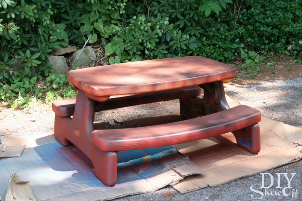 DIY plastic picnic table transformation
