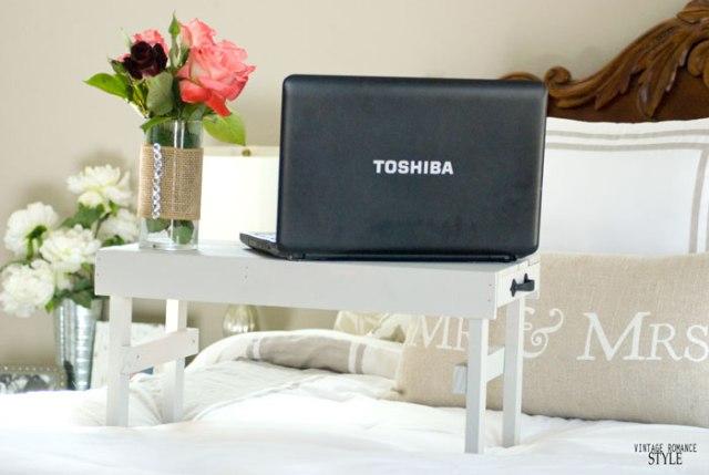 Yatak için DIY Dizüstü Bilgisayar Standı