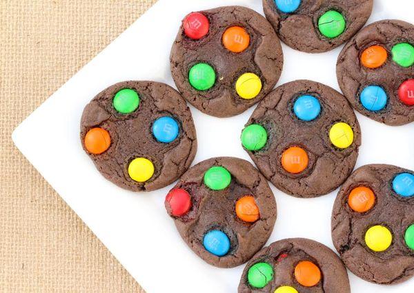 Easy Dark Chocolate Cookies