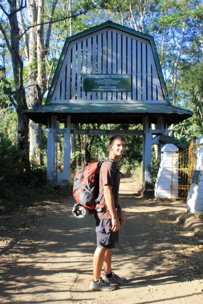 Mount Rinjani Hiking for Free Without Tour Entrance