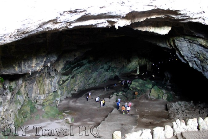Cacahuamilpa cave entrance