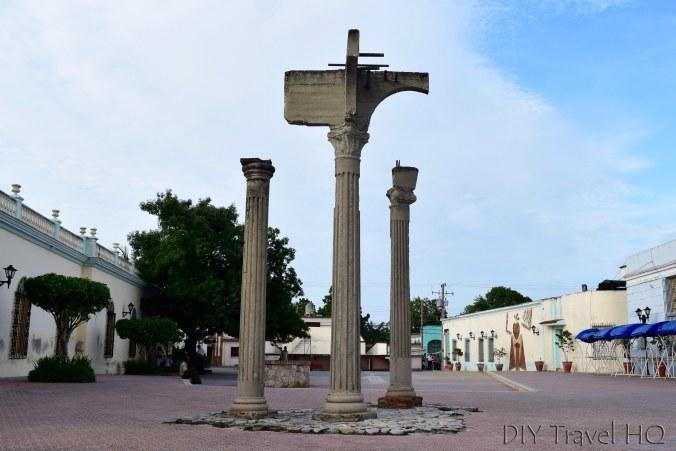 Roman Columns Las Tunas