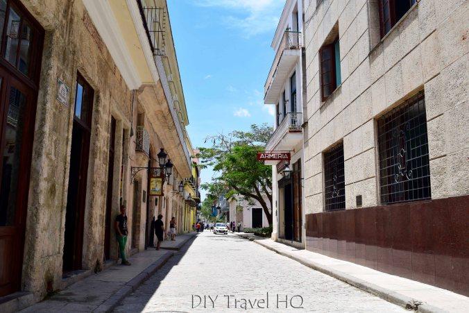 Old Havana Calle Mercaderes Armeria 9 de Abril