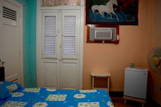 Cheap place to stay in Havana