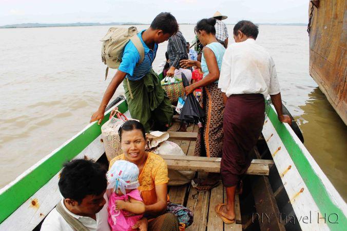 Longboat to Mawlamyine