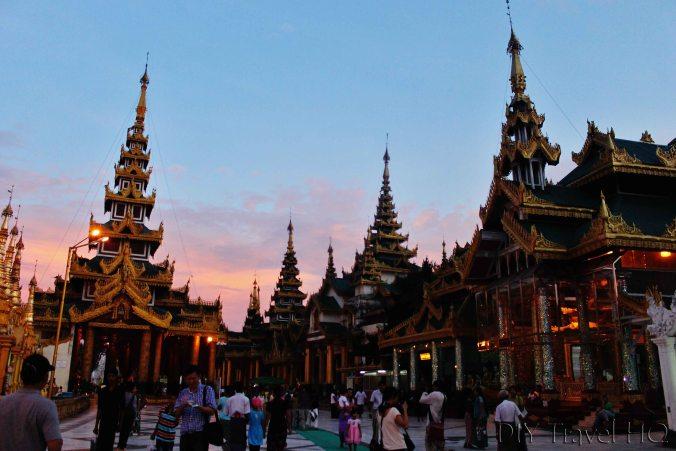 Pink sunset at Shwedagon Pagoda