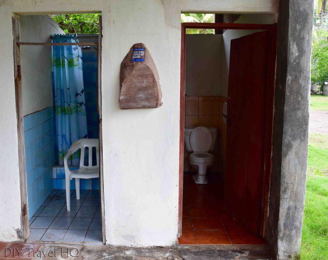 Capricho Beach House shower & toilet