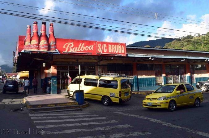 Public Buses (Yellow Vans) from Boquete to Sendero Los Quetzales