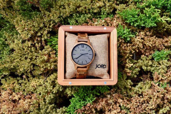 Word watch wooden box