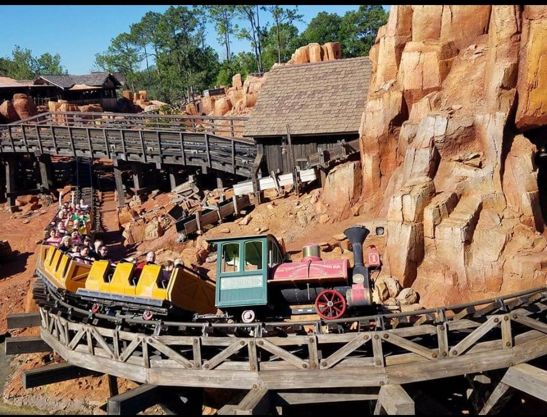 We call a group of mountains a range, and there are several. Big Thunder Mountain Railroad Disney World Magic Kingdom Walt Disney World Made Easy For Everyone