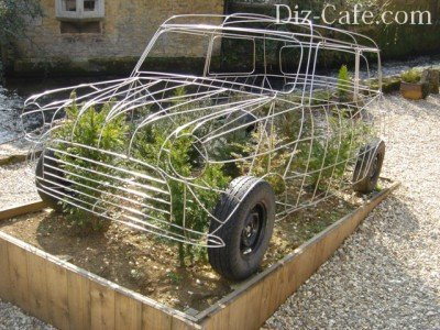 Topiaria de quadro retro-carro