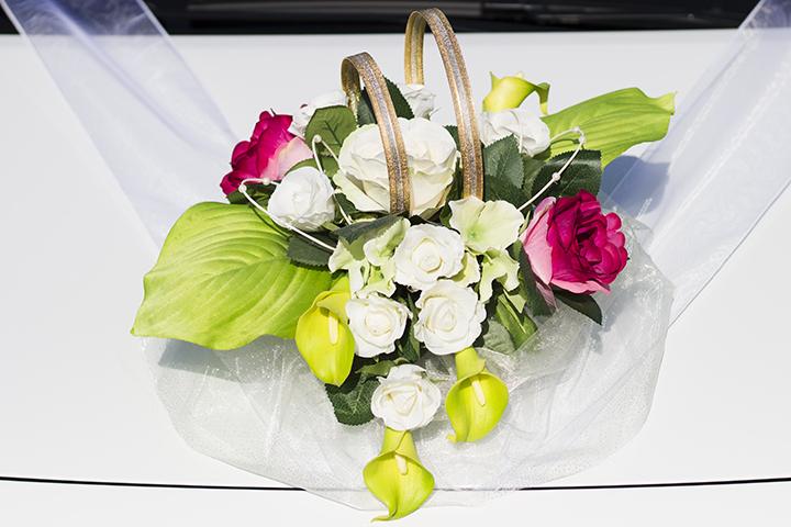 Výroba svadobných dekorácií na zákazku aj zapožičanie svadobných dekorácií.