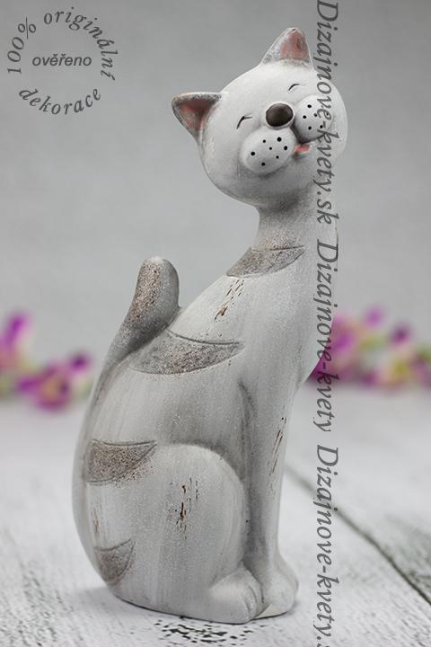 Keramická soška mačičky.