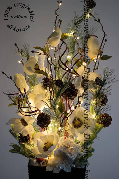 Moderná vianočná dizajnová tradičná dekorácie