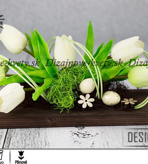 Jarná dizajnová dekorácie na stôl