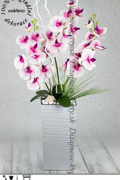 Luxusná ružová vysoká orchidea