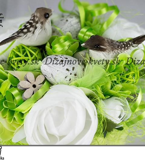Dizajnová trvanlivá dekorácia v zelenej farbe