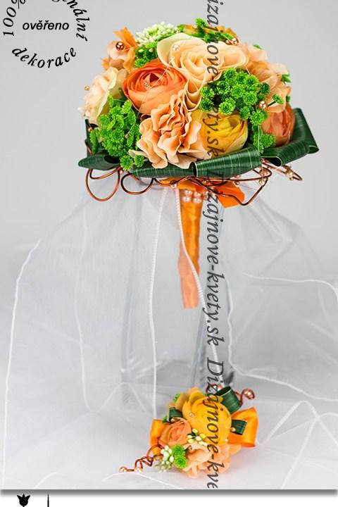 Svadobná kytica s modernou pivóniou a ružami vrátane svadobné pierka pre ženícha