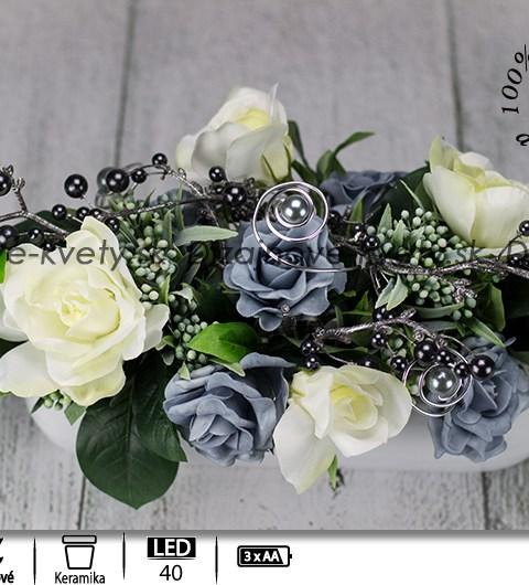 biele ruže, perly, dezignová dekorácie, ľad kvetinová dekorácia