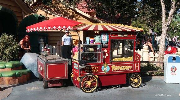 Popcorn Cart in Disneyland Mickey's Toontown
