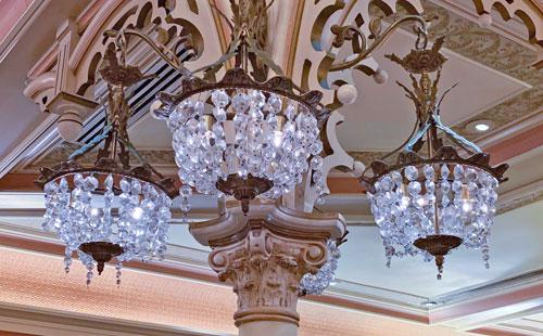 Crystal glass chandelier at Plaza Inn Restaurant Disneyland