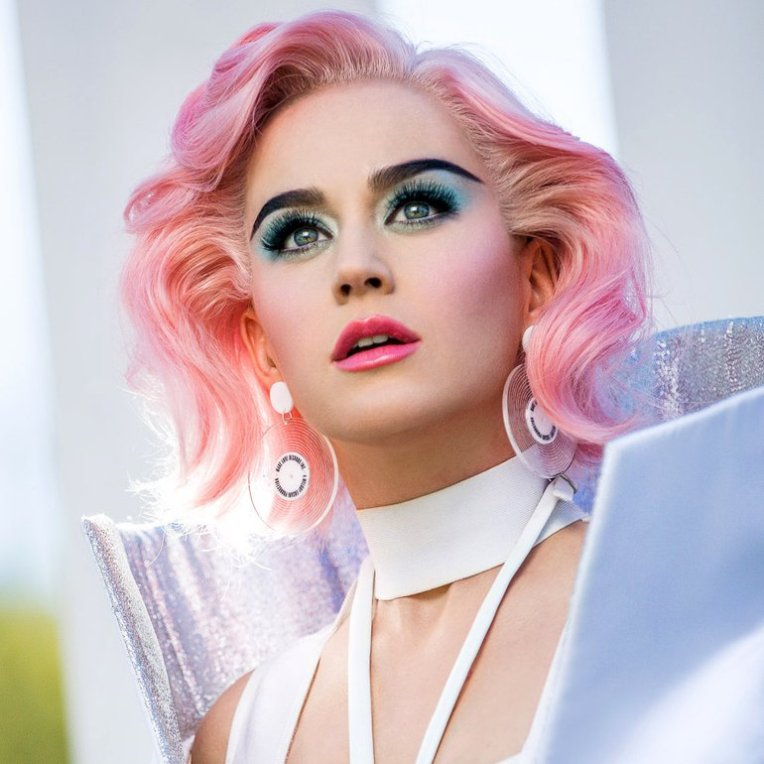 #1 Katy Perry - 140 plays