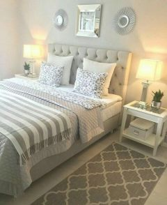 45+ Outstanding Millennial Small Master Bedroom Ideas On A Budget Diy Decor 15