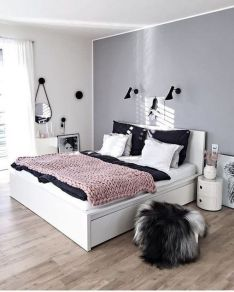 45+ Outstanding Millennial Small Master Bedroom Ideas On A Budget Diy Decor 50