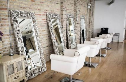 35+ Outrageous Salon Station Ideas Tips 22