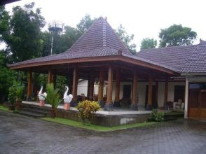 35+ The Hidden Treasure Of Joglo House Yogyakarta 259