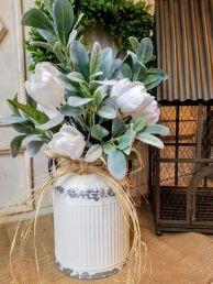 40+ Farmhouse Floral Arrangement , Ideas 170