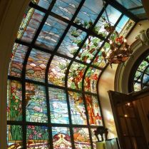 37+ Vital Pieces Of Stained Glass Home Design Ideas 130