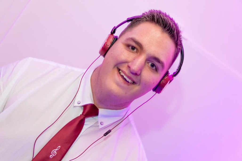 Party und Schlager DJ Jule